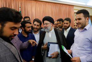 دیدار نمایندگان تشکلهای مختلف دانشجویی با رئیس قوه قضاییه